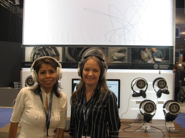 AudioTechnica, Raquel Aillón y Mary Eisaman