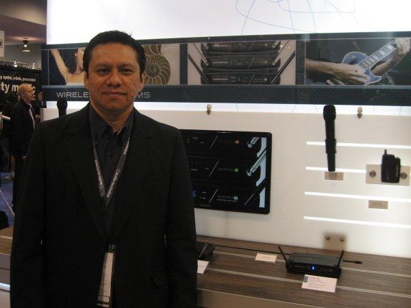 AudioTechnica, Javier Tiburcio