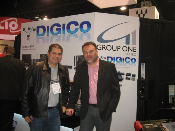 Alexander Rojas y James Gordon de DiGiCo