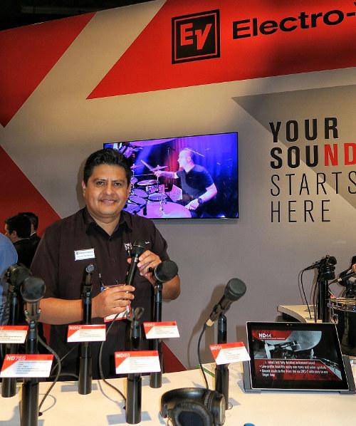 Electro-Voice ND, Gerardo Hernández