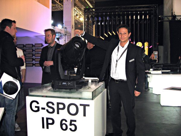SGM. Antonio Parise con el G-SPOT IP 65
