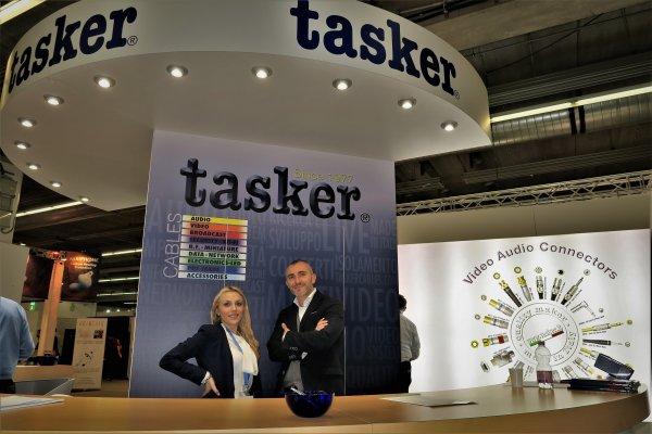 Fabrizio Milan y Erica Villa de Tasker