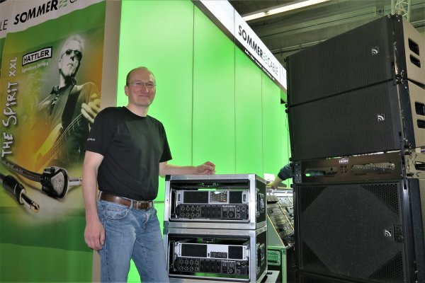 Udo Hoellstern en el stand de Sommer Cable